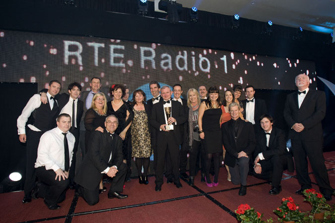 NO REPRO FEE. 13th October 2012. RTE Radio 1 has been awarded the PPI Radio Awards 2012 Full Service Station of the Year 2012. Members of the station are pictured here celebrating on stage after receiving the award from Michael O�Keeffe Chief Executive of the Broadcasting Authority of Ireland ( right) at a ceremony held in Kilkenny last night. Pic Iain White - News - Ppi Full Service Station Of The Year 4164 Photography by Iain White, Photographer, Dublin 16